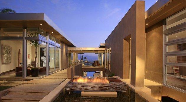 la-homes-view-mcclean-design-5-bluejayway.jpg