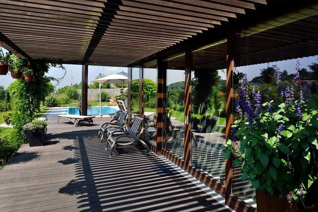 modern-retake-gabled-roofline-20deg-angle-12-terrace.jpg