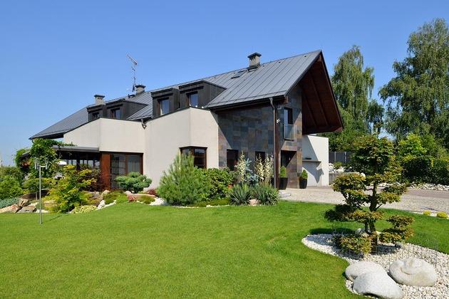 modern-retake-gabled-roofline-20deg-angle-3-side.jpg