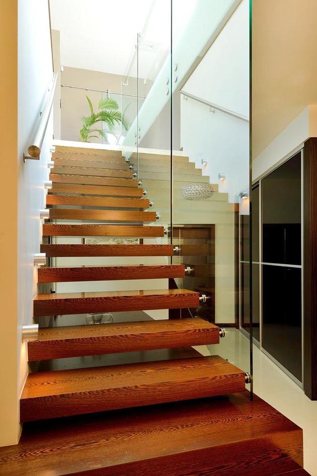 modern-retake-gabled-roofline-20deg-angle-7-steps.jpg