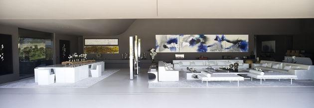 sculptural-spacious-home-2-pools-lake-15- social.jpg