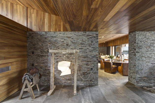 wild-west-homes-of-wood-stone-and-steel-3.jpg