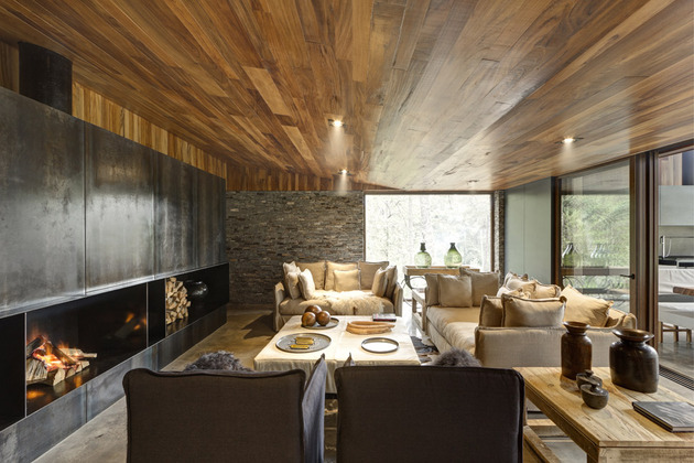 wild-west-homes-of-wood-stone-and-steel-7.jpg