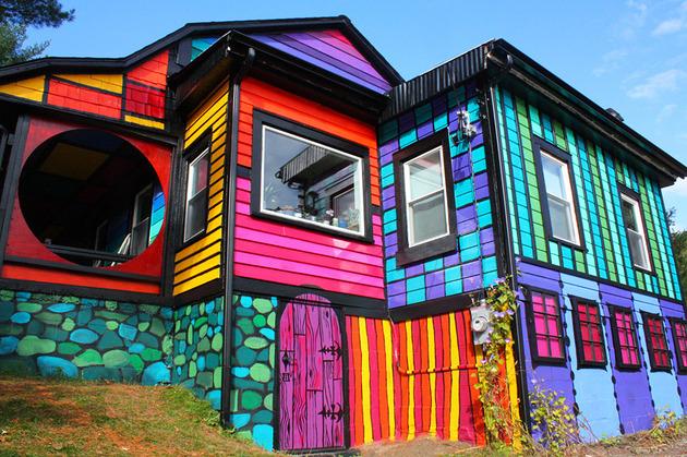 artist-kat-osullivan-home-psychedelic-street-art-5-facade.jpg