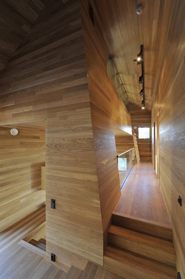 holiday-cabin-mountains-designed-landscape-contours-15-oak.jpg