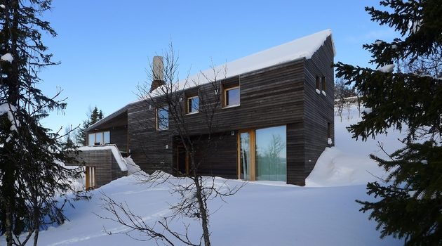 holiday-cabin-mountains-designed-landscape-contours-7-glazings.jpg