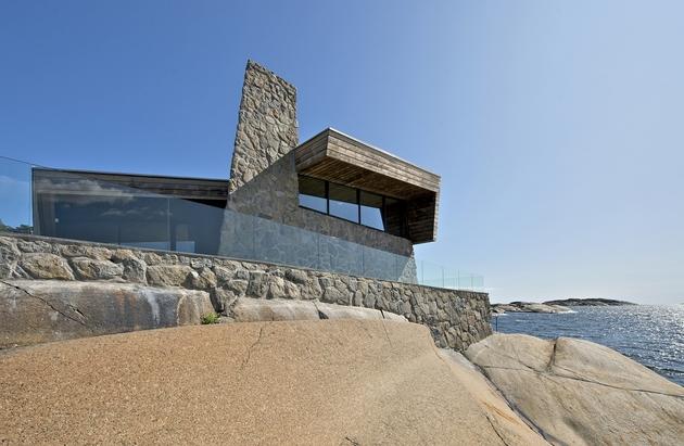 oceanfront-home-landscape-boulders-21-cliff.jpg