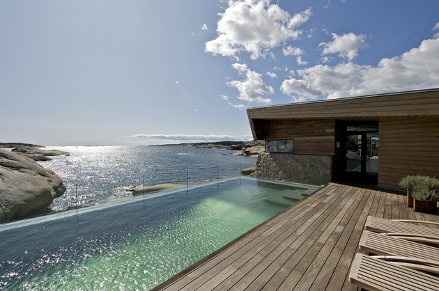oceanfront-home-landscape-boulders-7-pool.jpg