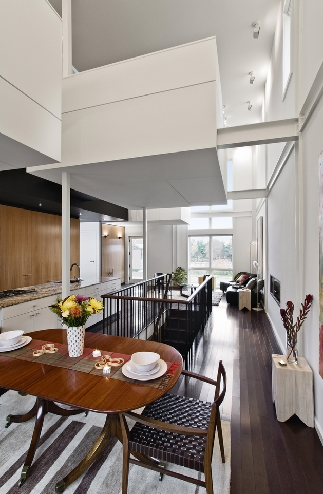 renovation-modernizes-victorian-home -cantilevered-master-suite-9.jpg