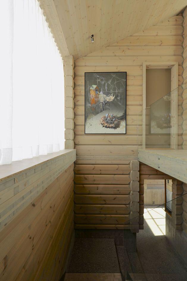 timber-log-house-contemporary--assemblage-jva-11-stairwell.jpg