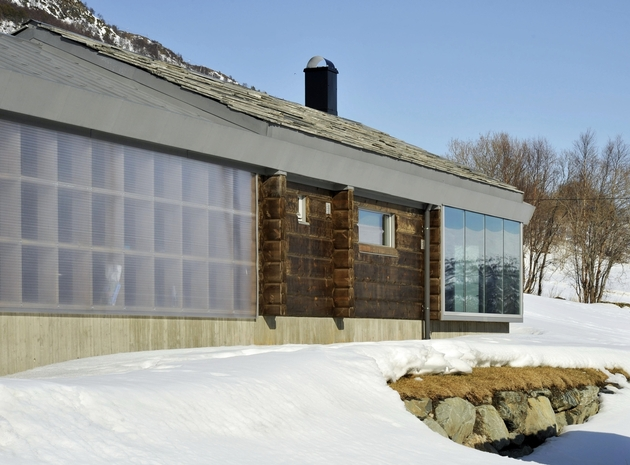 timber-log-house-contemporary--assemblage-jva-17-garage.jpg