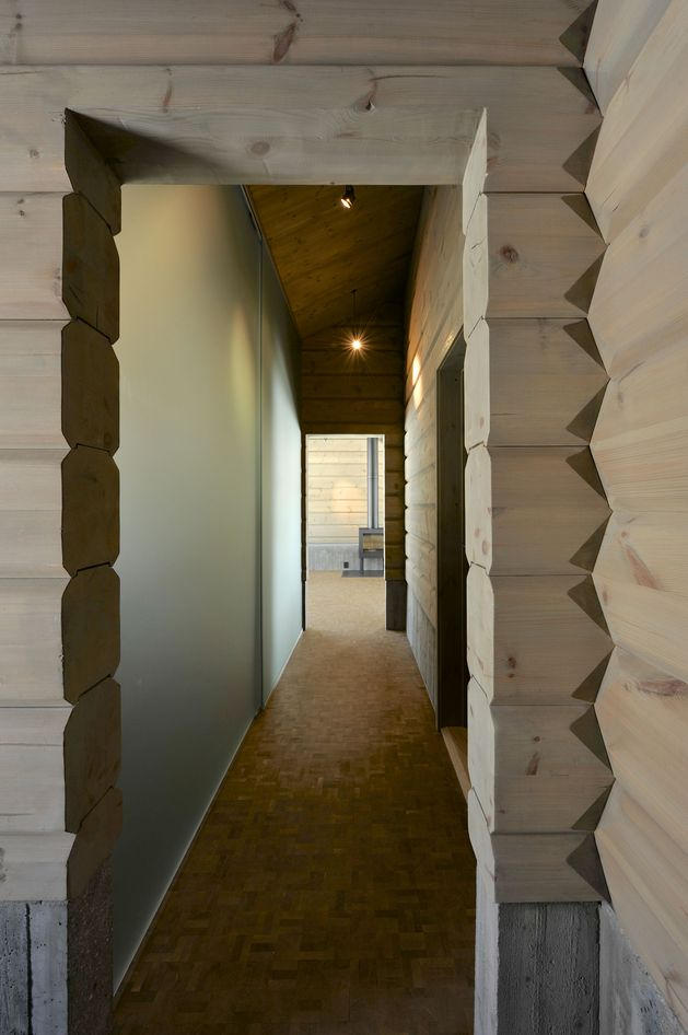 timber-log-house-contemporary--assemblage-jva-20-hall.jpg