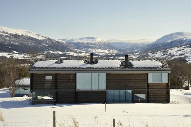 timber-log-house-contemporary--assemblage-jva-3-site.jpg