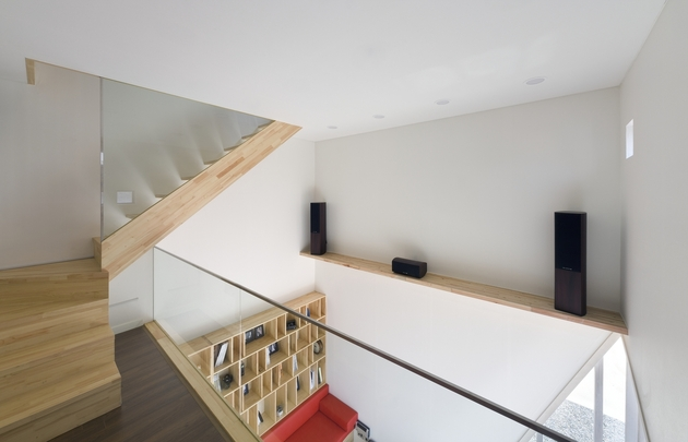 sculptural-home-negative-space-19.jpg