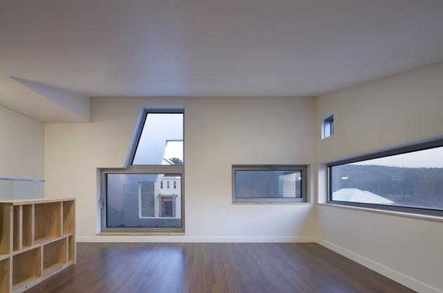 sculptural-home-negative-space-20.jpg