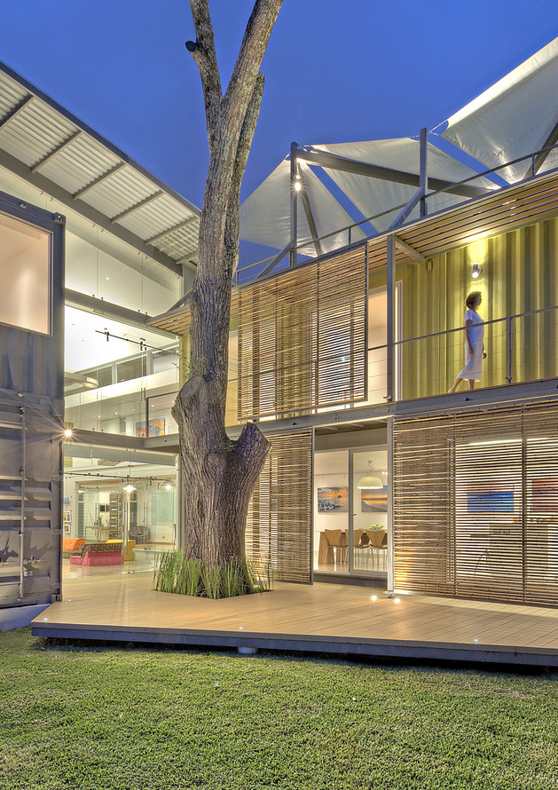 stunning-2-story-home-8-shipping-containers-13.jpg