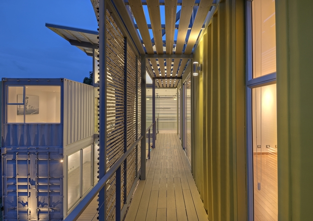 stunning-2-story-home-8-shipping-containers-15.jpg