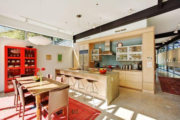 stylishly-simple-modern-1-story-house-11.jpg