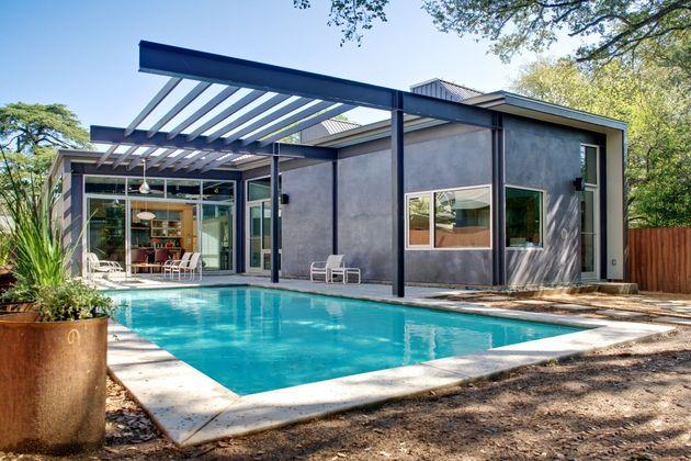 stylishly-simple-modern-1-story-house-12.jpg