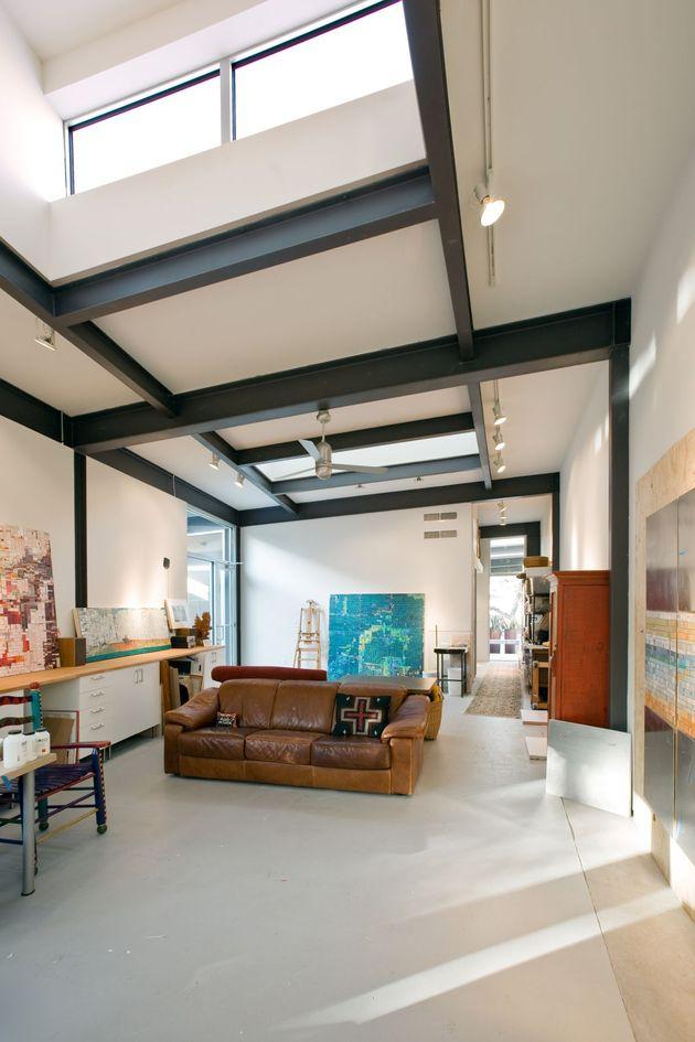 stylishly-simple-modern-1-story-house-14.jpg