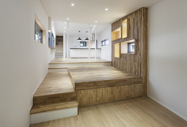 unique-urban-home-with-clever-nooks-4.jpg