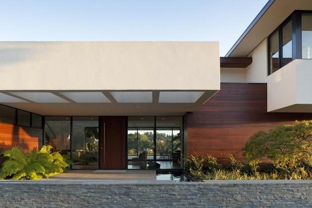 extreme makeover modernizes house ridge 1 thumb 630xauto 52050 Transforming One Storey Ranch into Two Storey Open Floor Plan House