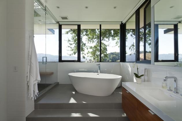 extreme-makeover-modernizes-house-ridge-10.jpg