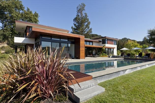 extreme-makeover-modernizes-house-ridge-11.jpg