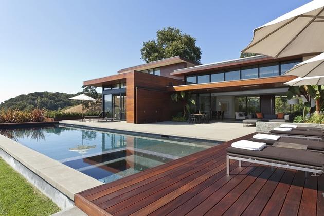 extreme-makeover-modernizes-house-ridge-14.jpg