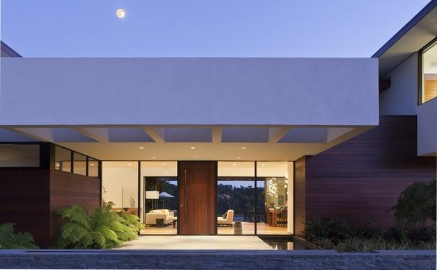 extreme-makeover-modernizes-house-ridge-4.jpg