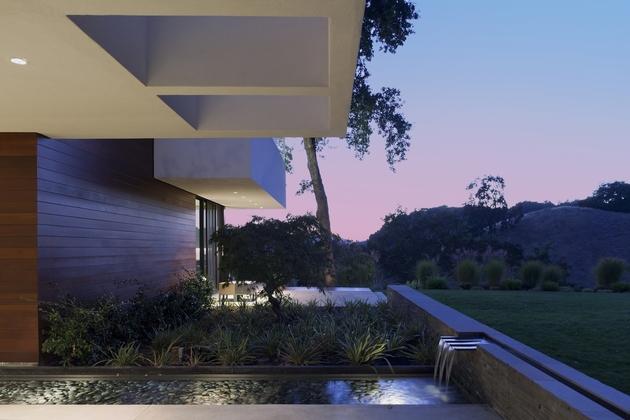 extreme-makeover-modernizes-house-ridge-5.jpg