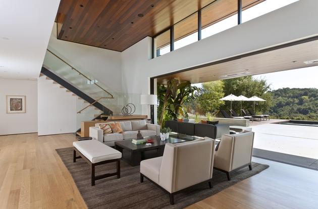 extreme-makeover-modernizes-house-ridge-6.jpg