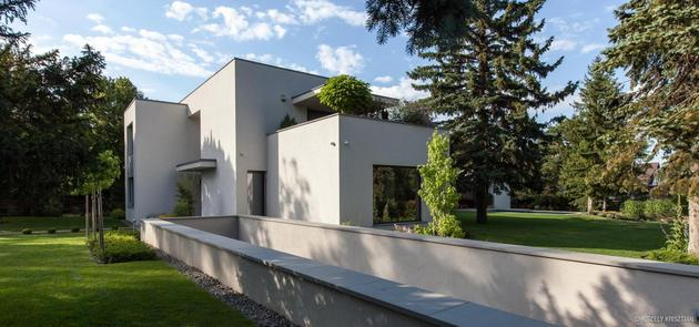 modern-day-bauhaus-home-contemporary-masterpiece-9.jpg