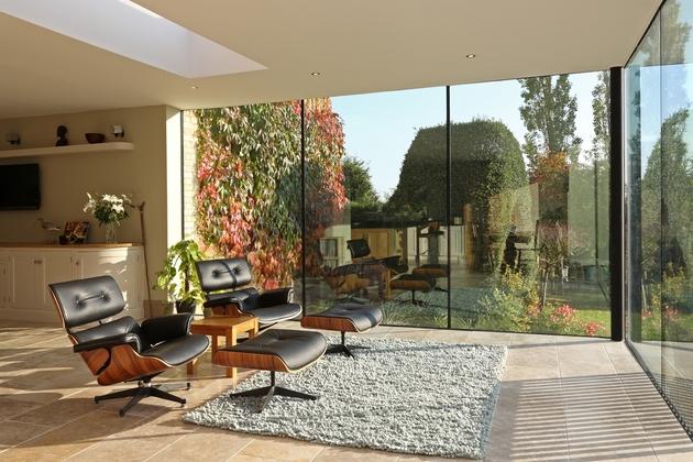 modern-glass-addition-traditional-home-11.JPG