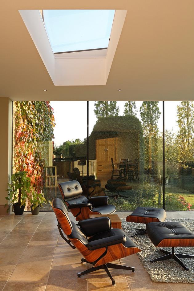 modern-glass-addition-traditional-home-13.JPG