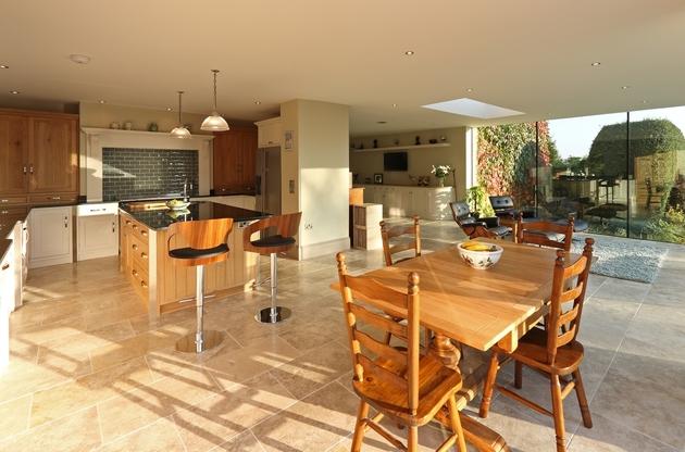 modern-glass-addition-traditional-home-4.JPG
