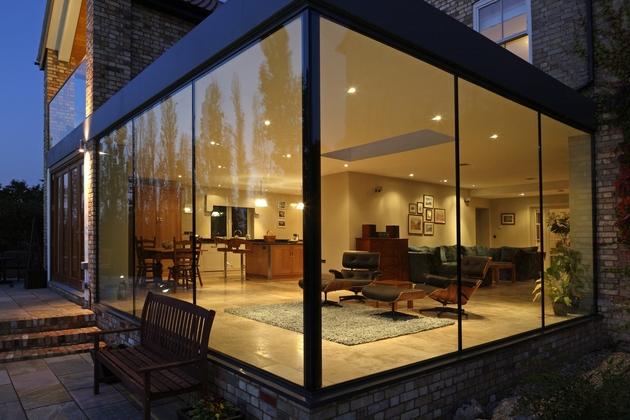 modern-glass-addition-traditional-home-7.JPG