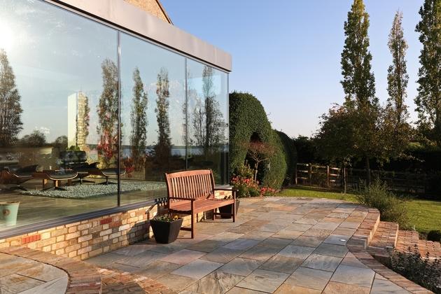modern-glass-addition-traditional-home-8.JPG