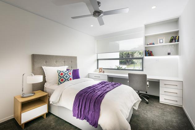 bespoke-beach-home-unique-modern-features-27.jpg