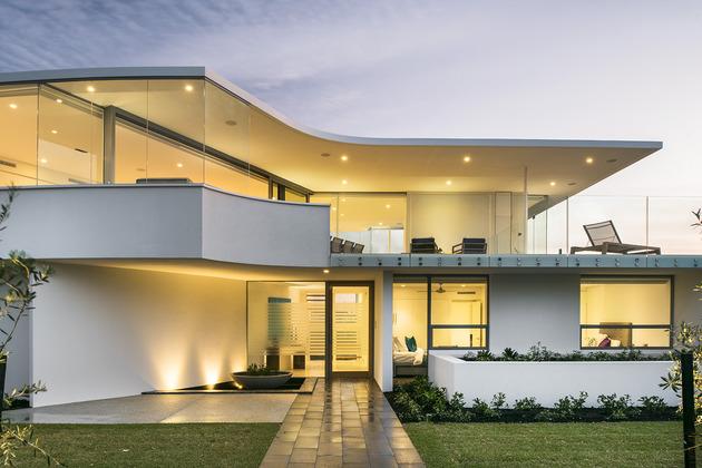 bespoke-beach-home-unique-modern-features-5.jpg