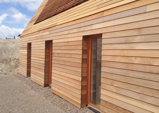 north-sea-wood-house-framed-in-siberian-larch-5.jpg