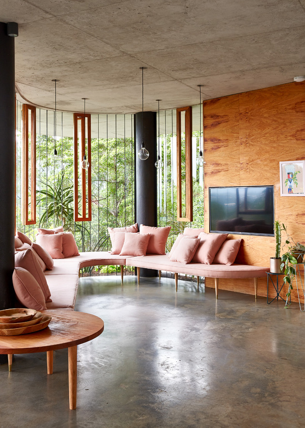 architect-and-interior-designer-make-their-fantasy-a-reality-3.jpg
