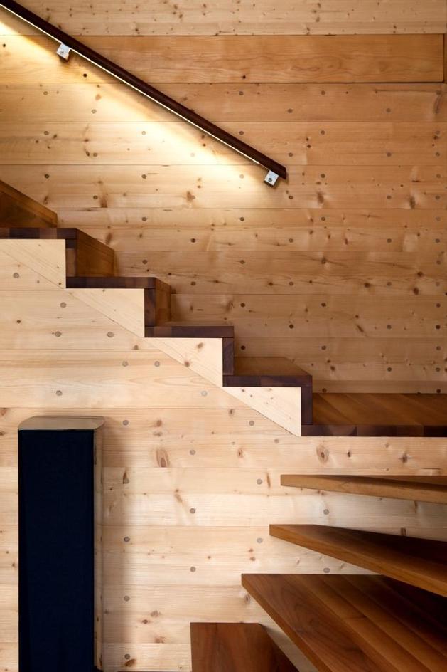 hi-tech-wood-house-gira-16.jpg