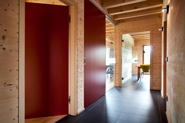 hi-tech-wood-house-gira-8.jpg