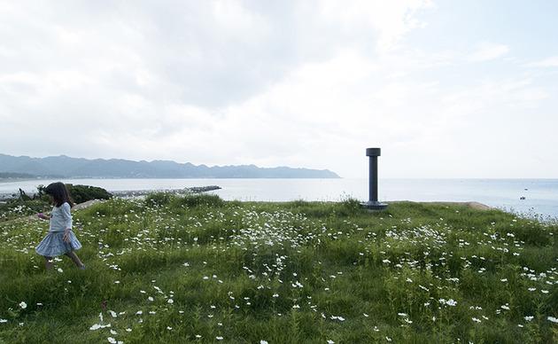 living-grass-roof-house-hiroshi-nakamura-3.jpg