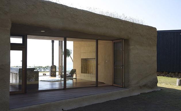 living-grass-roof-house-hiroshi-nakamura-5.jpg