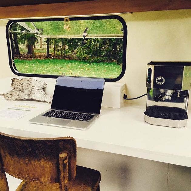off-the-grid-mico-mobile-office-kantoor-karavaan-6.jpg