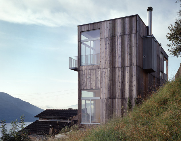small-wood-homes-for-compact-living-21a.jpg