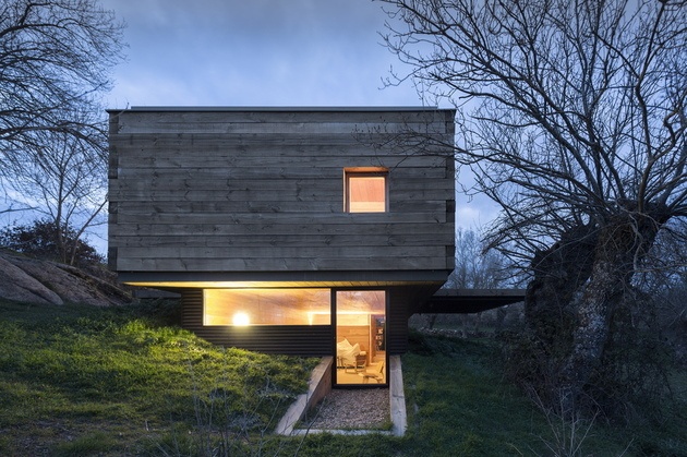 small-wood-homes-for-compact-living-5b.jpg