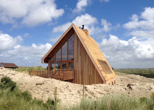 small-wood-homes-for-compact-living-7b.jpg